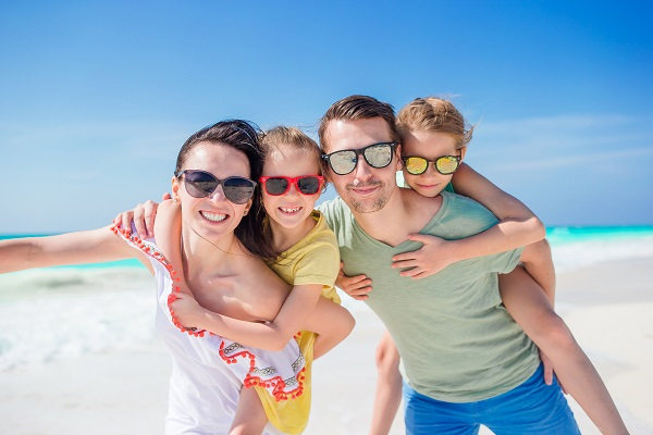 חופשה משפחתית בבית מלון בהרצליה עם בריכה היא ליהנות גם מהאוויר המלוח שהניחוח הימי מביא עימו